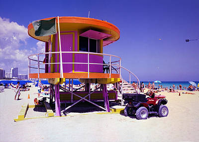 Photograph - Pink Lifeguard Stand by William Wetmore