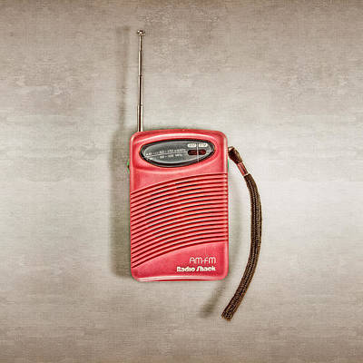 Photograph - Pink Radio by YoPedro