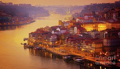 Pink Sunset In Porto Art Print