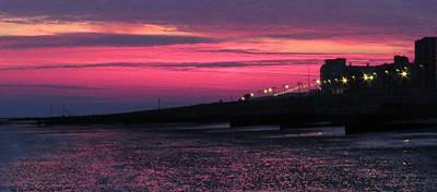 Photograph - Pink Sunset Over Worthing by John Topman