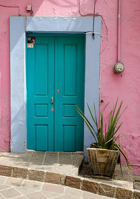 Photograph - Pink Wall, Blue Door by Rob Huntley