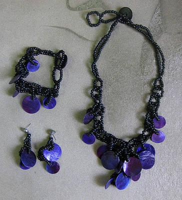 Philippines Wholesale Jewelry Jewelry - Pinococo 11-392 Purple by Lyn Deutsch