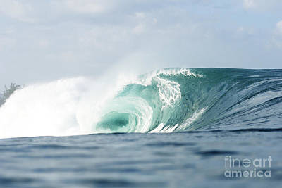 Pipeline Turquoise Wave Art Print by Vince Cavataio - Printscapes