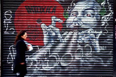 Piper At The Gates Of Portobello Art Print by Jez C Self