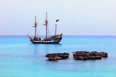 Photograph - Pirates Of The Caribbean by Iryna Goodall
