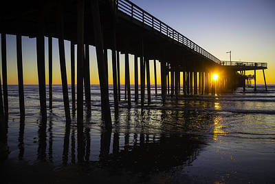 Luis Photograph - Pismo Sunset Wharf by Garry Gay
