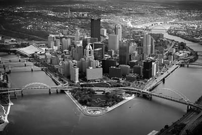 Pittsburgh 8 Art Print by Emmanuel Panagiotakis