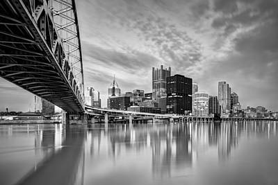 Photograph - Pittsburgh Architecture 8bw by Emmanuel Panagiotakis