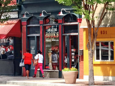 Pittsburgh Pa - Strolling Along Liberty Avenue Art Print