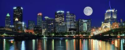 Upmc Photograph - Pittsburgh Panoramic Night With Moon by Frozen in Time Fine Art Photography