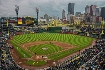 At Poster Photograph - Pittsburgh Pirates Pnc Park 5569 by David Haskett