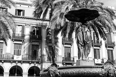 Photograph - Placa Reial Fountain by John Rizzuto