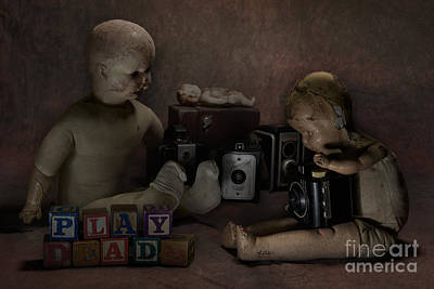 Photograph - Play Dead by Art Whitton