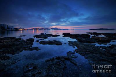 Photograph - Playa D'en Bossa 1.0 by Yhun Suarez
