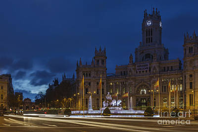 Photograph - Plaza De Cibeles Madrid Spain by Pablo Avanzini