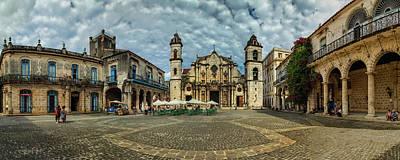 Photograph - Plaza De La Catedral De La Habana by Levin Rodriguez