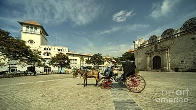 Horse And Cart Photograph - Plaza De San Francisco  by Rob Hawkins