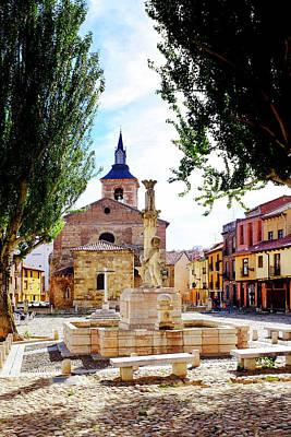 Photograph - Plaza Del Grano And Santa Maria Del Camino by Fabrizio Troiani