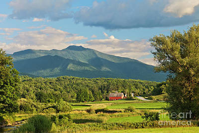 Photograph - Pleasant Valley Summer by Alan L Graham
