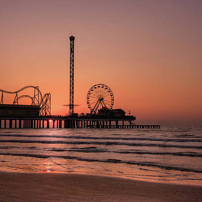 Photograph - Pleasure Pier At Sunrise by James Woody