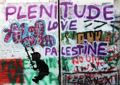 Photograph - Plenitude Love Palestine by Munir Alawi