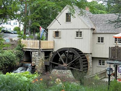 Photograph - Plymouth Grist Mill by Georgia Hamlin