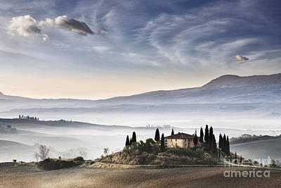 Podere Belvedere 3 Art Print by Rod McLean