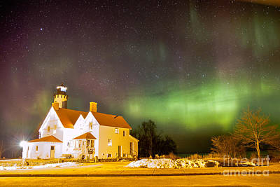 Point Iroquois Lighthouse Northern Lights 7469 Art Print
