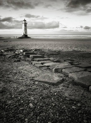 Protection Photograph - Point Of Ayre Lighthouse by Jon Baxter