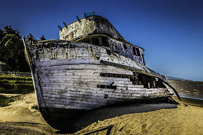 Point Reyes Photograph - Point Reyes Ship Wreck by Garry Gay