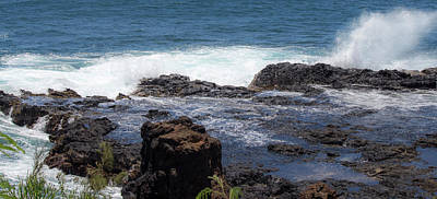 Photograph - Poipu Splash by Teresa Wilson