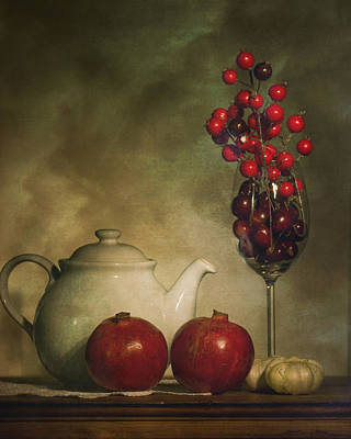 Pomegranates And Tea Pot Art Print by Levin Rodriguez