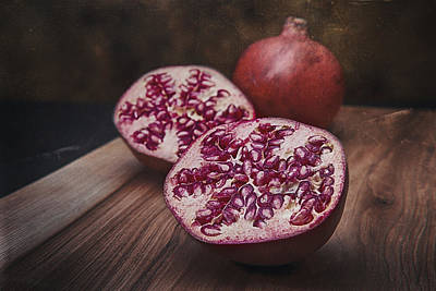 Slices Photograph - Pomegranates by Tom Mc Nemar