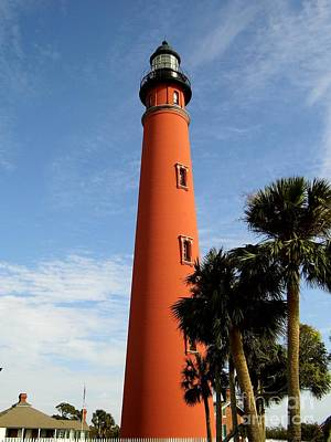 Photograph - Ponce Inlet Lighthouse by D Hackett