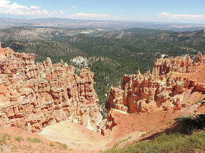 Photograph - Ponderosa Point - Bryce Canyon by Jayne Wilson