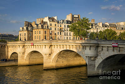 Photograph - Pont Neuf - Ile De La Cite - Paris by Brian Jannsen