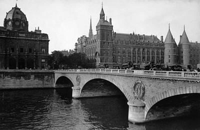 Pont Neuf, Paris, C. 1910 Art Print