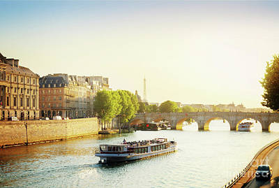 Photograph - Pont Neuf In Sunset Light by Anastasy Yarmolovich