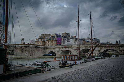 Photograph - Pont Neuf Paris by Henri Irizarri