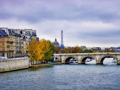 Photograph - Pont Neuf View Of Eiffel Tower by Robert Meyers-Lussier