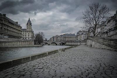 Photograph - Pont Saint-michel Paris by Henri Irizarri