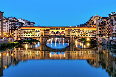 Photograph - Ponte Vecchio At Night by Fabrizio Troiani
