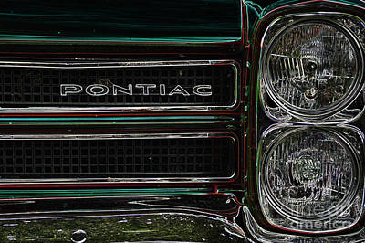 Digital Art - Pontiac 1 by Wendy Wilton