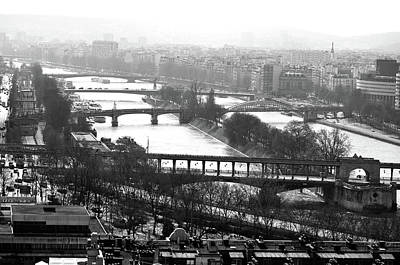 Photograph - Ponts Bir Hakeim Grenelle And Mirabeau With Ile De Cygnes On River Seine Paris Black And White by Shawn O'Brien