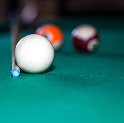 Que Photograph - Pool Ball by David Jones