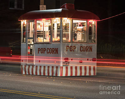 Photograph - Popcorn by Phil Spitze