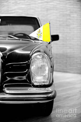 Dream Cars Photograph - Pope Car In Vatican City by Stefano Senise