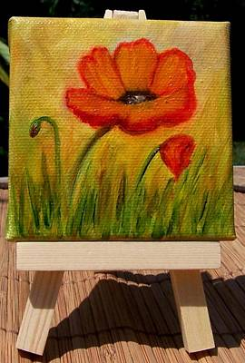 Painting - Poppy Trio Miniature With Easel by Susan Dehlinger