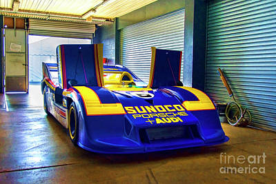 Photograph - Porsche 917/30 Front View by Stuart Row