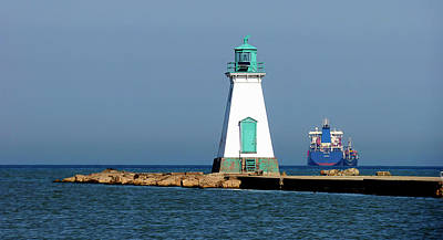 Photograph - Port Dalhousie Lighthouse by Leslie Montgomery